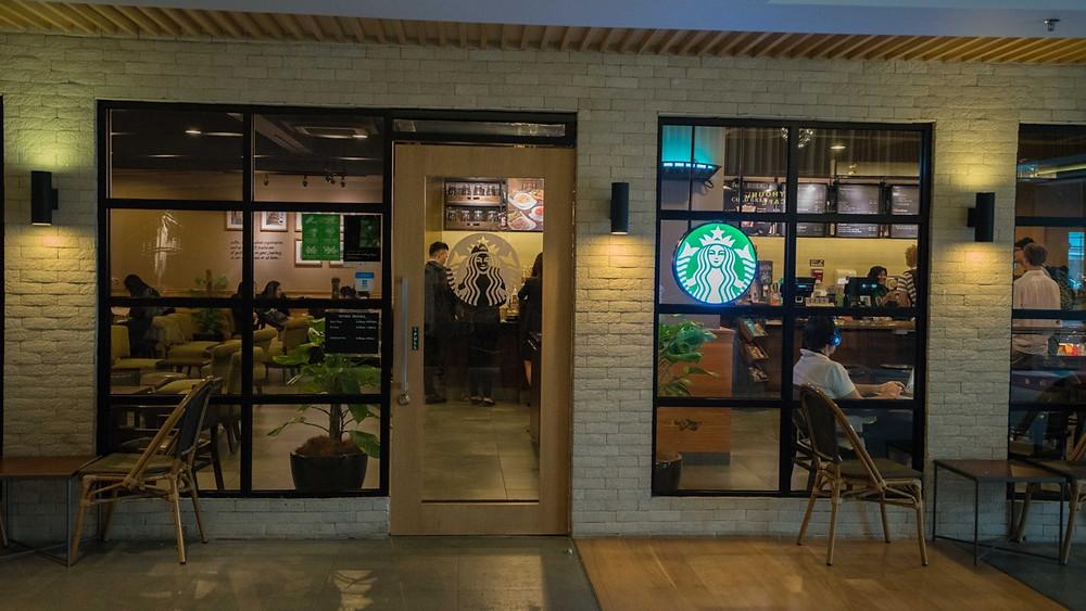 Starbucks in hotel lobby ANSA KL