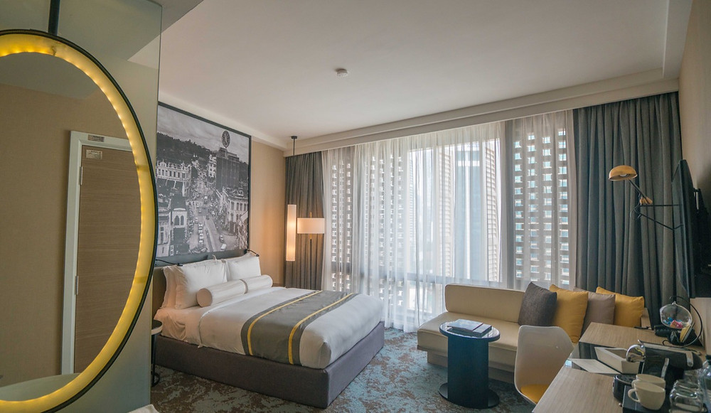 Luxurious hotel Stripes Autograph Collection KUL