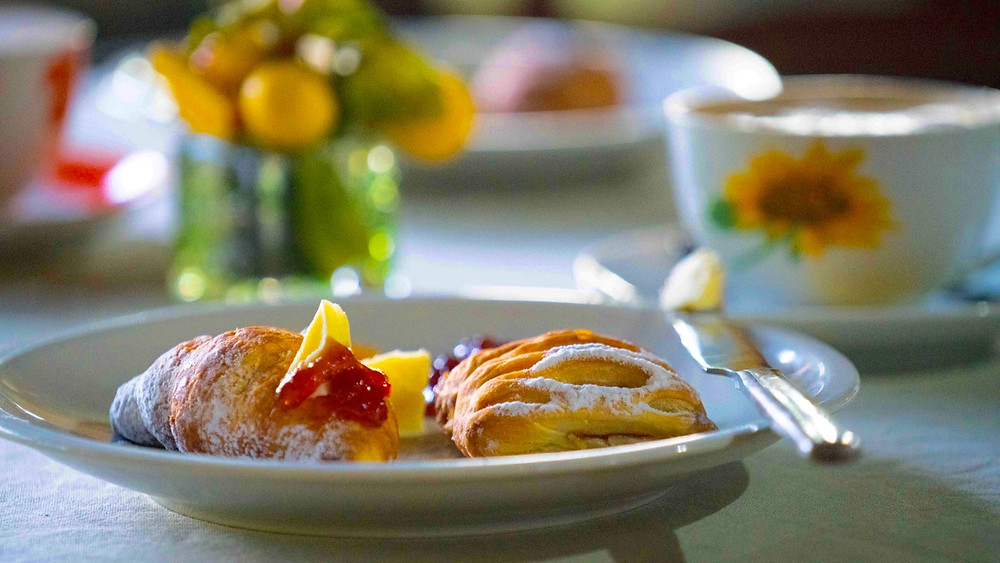 Tuscan Breakfast at Villa Dei Papiri