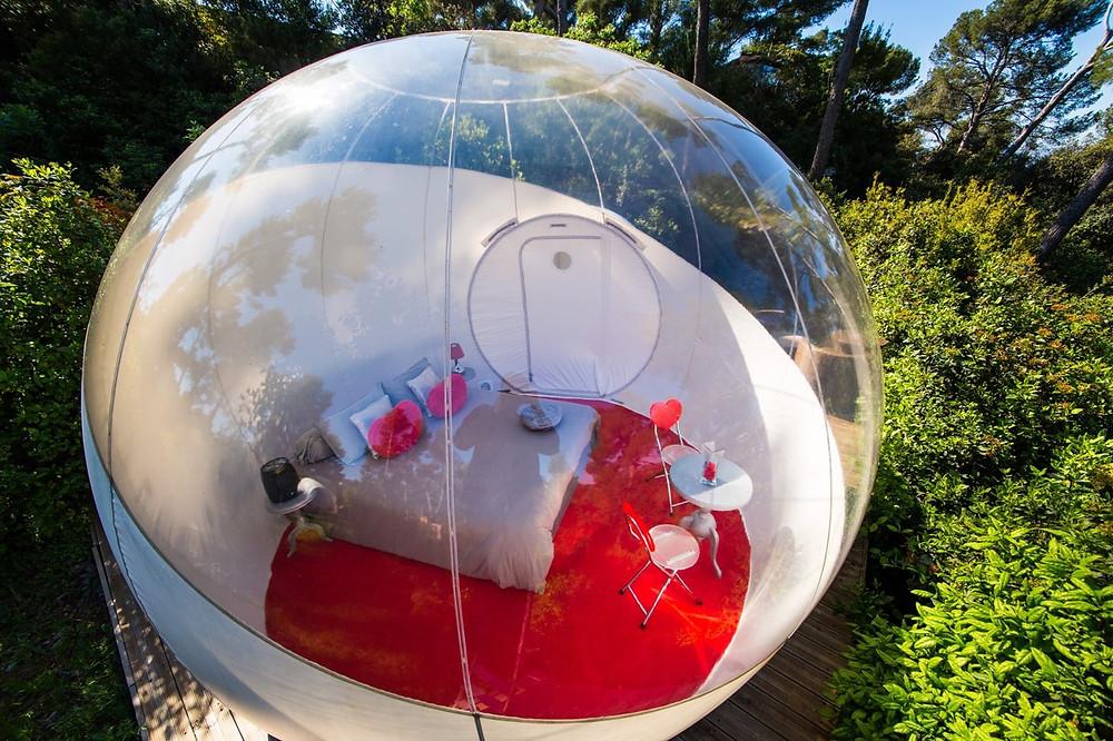 Attrap Reves bubble hotel France