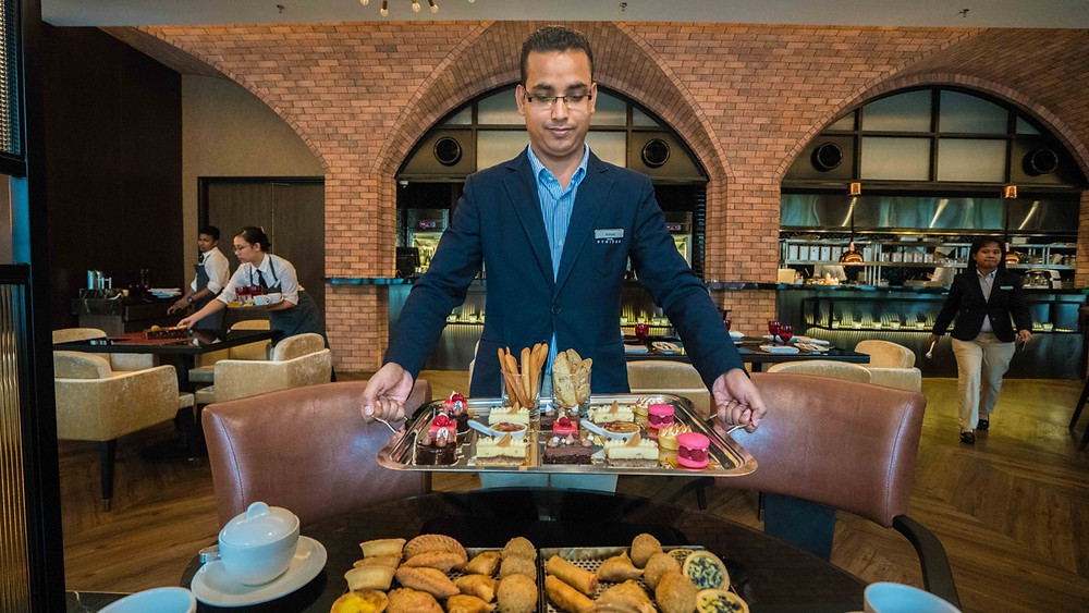 Afternoon tea at Hotel Stripes Autograph collection KUL