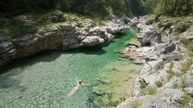 Szemerald river northern Italy