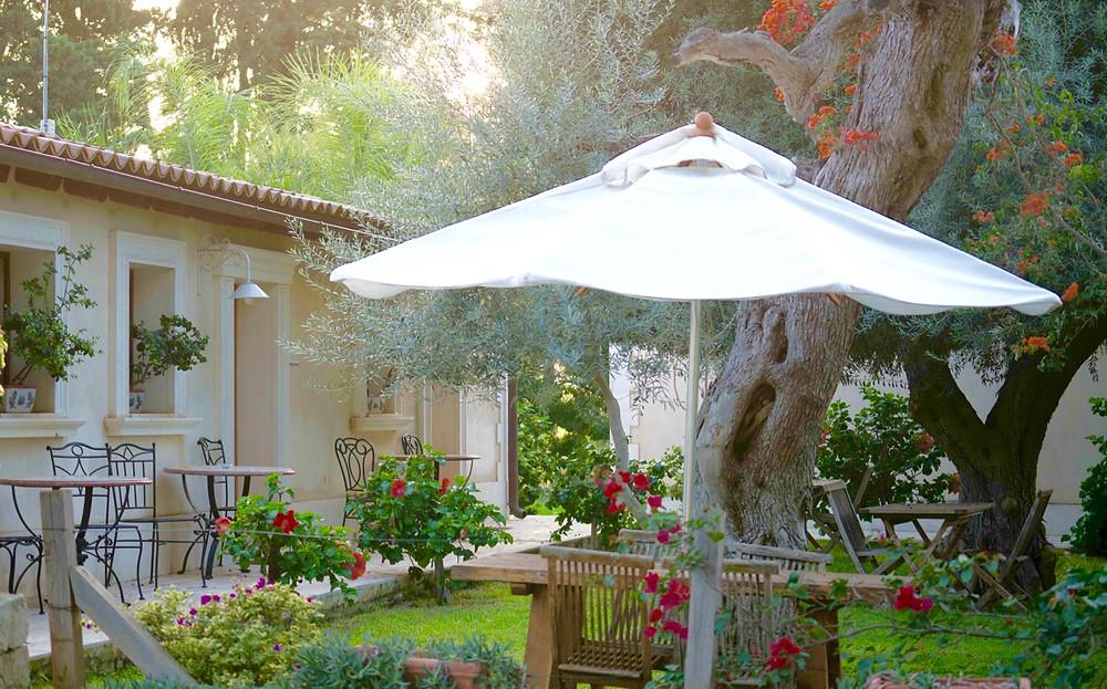 Villa Dei Papiri mornings