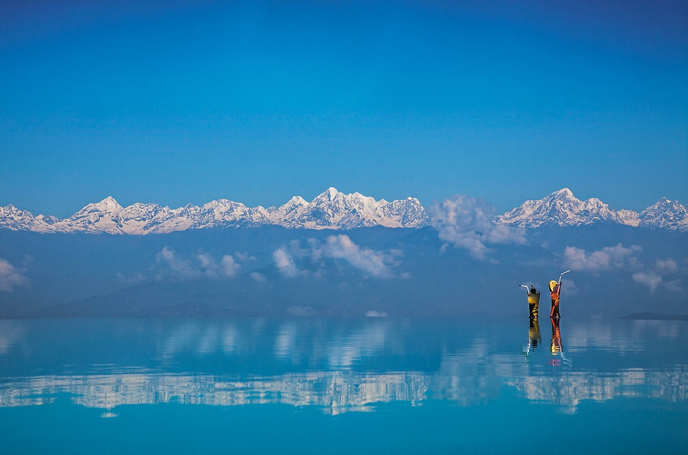 Infinity pool overlooking the Himalayas from Dwarikas Resort