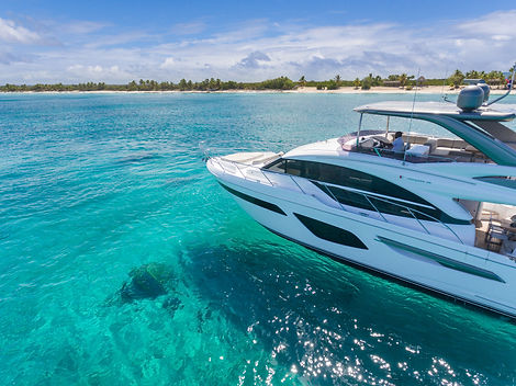 f55-exterior-white-hull-with-hardtop-8.jpg