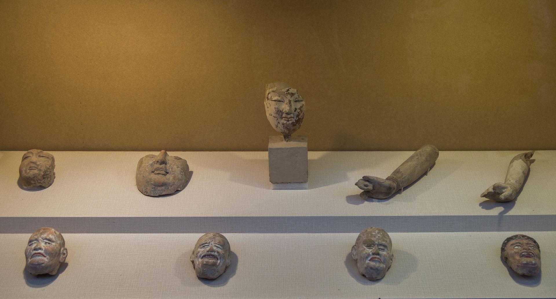 Mogao_museum_2.jpg
