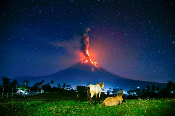 Mayon volcano erupts is seen Camalig in Bicol,January 23,2018.
