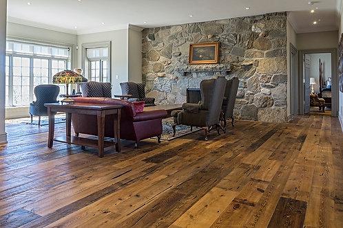 Wide plank Norway Pine Floor