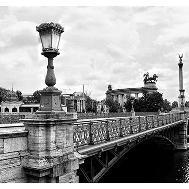 Városliget Bridge (Budapest,2020)