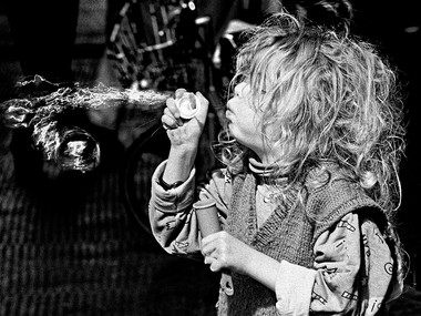 Bubble Game (London, 1974)
