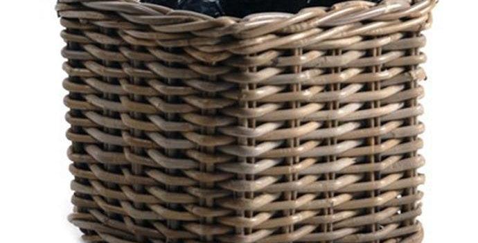 Woven Square pot 21cms