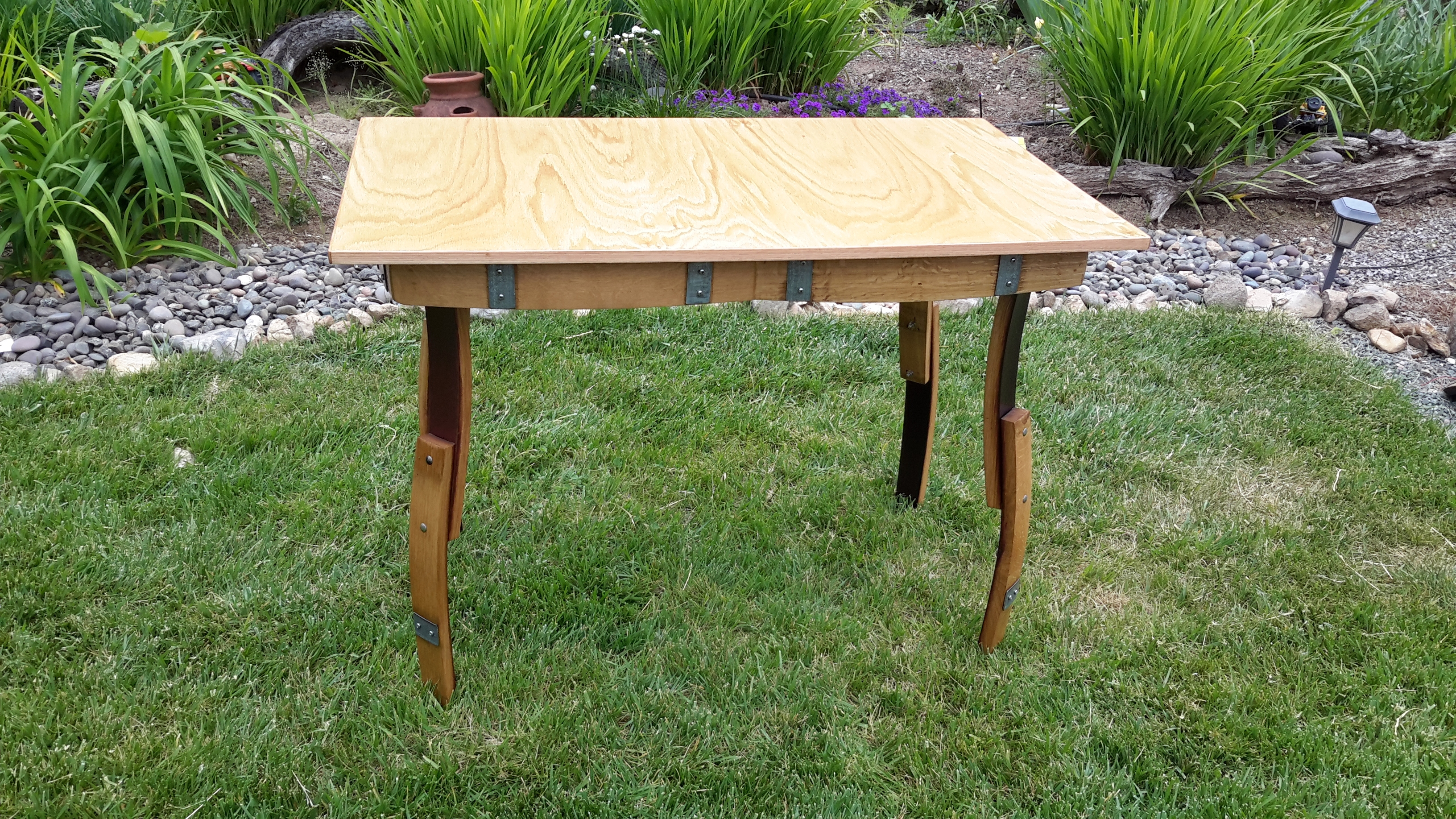 G.cotati display table lrg..jpg