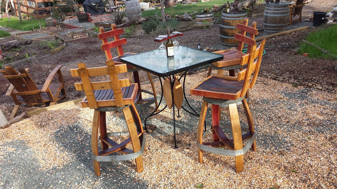 G.table n stools 2.jpg