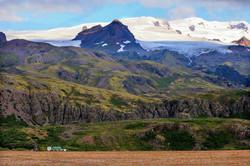 Kviamyrarkambur Glacier