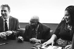 Jim Doxas, Dr. Oliver Jones, Céline Peterson