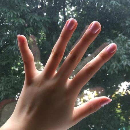 爪を塗りましょう