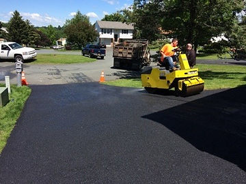 Rolling process of paving job