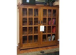 bookcase3b.jpg