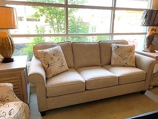 hickory craft sofa.png