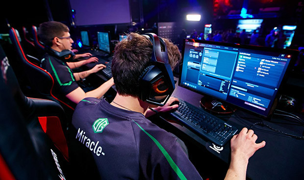 Dota 2 Gaming Sensation Hit, 2 Million Accounts Compromised