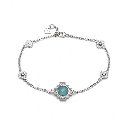 Single Chalcedony Motif Bracelet in Sterling Silver
