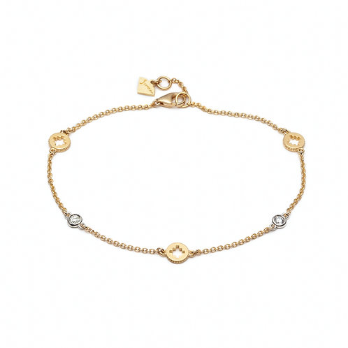 Diamond Bezel Accent Motif Bracelet in Yellow Gold