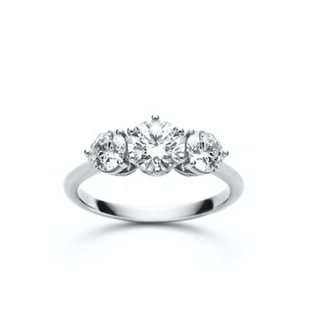 Sara Round Diamond Three Stone Engagemen