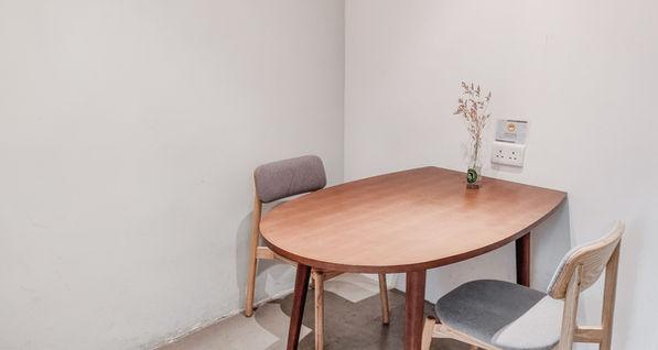 Desk-one_TsuenWan_PR2(ii)_edited.jpg