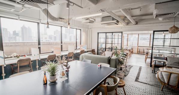 Desk-one_MongKok_ReadingLounge.jpg