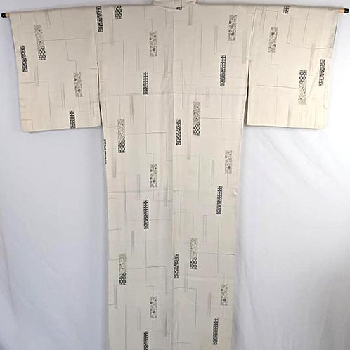 vintage cream colored kimono