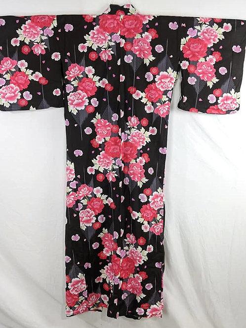 pink rose yukata kimono from japan