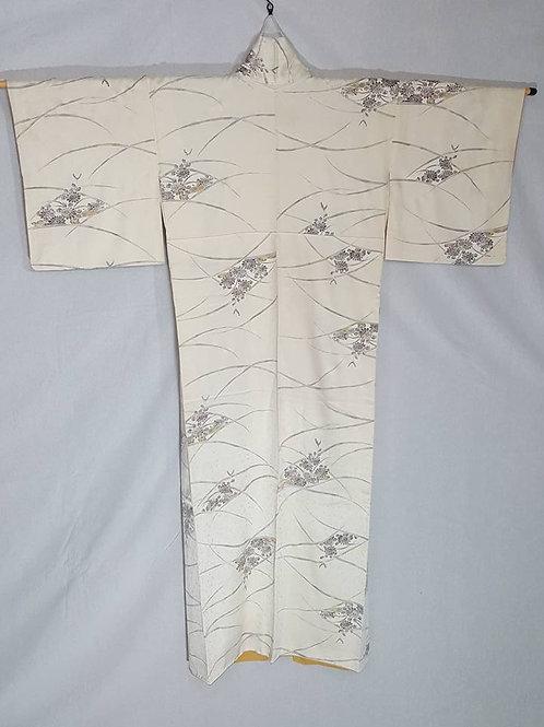 off white Japanese Kimono