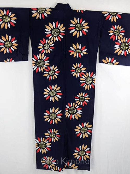 yukata dark blue with flowers