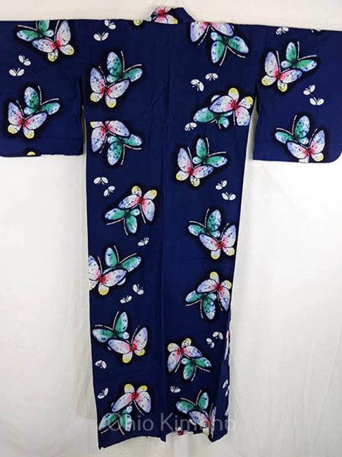 yukata with butterflies