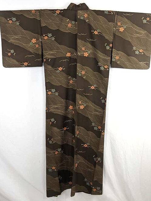 brown sakura flower kimono