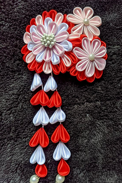Red & White Kanzashi