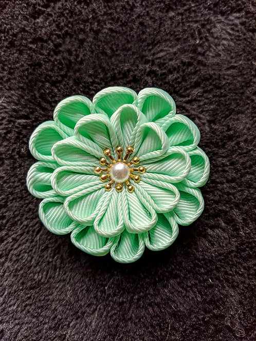 Green & Gold Kanzashi