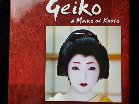 Book Review: Geiko & Maiko Of Kyoto