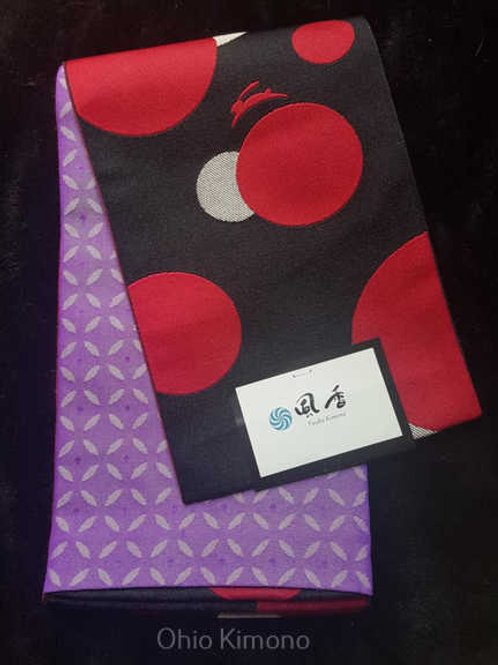 black and red hanhaba obi