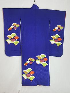 violet_wave_silk_furisode_kimono_back.jp