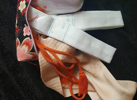 Kimono Kitsuke Bags