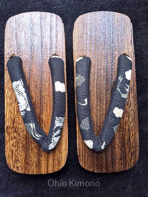 Black & White Wooden Geta