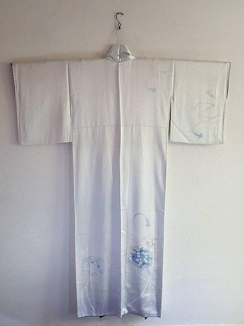 Pale Blue Tsukesage