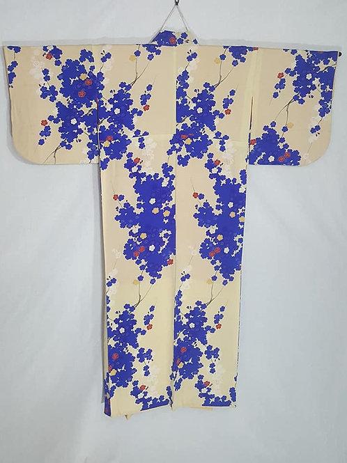 antique cream japanese kimono