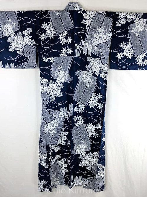 blue and white yukata