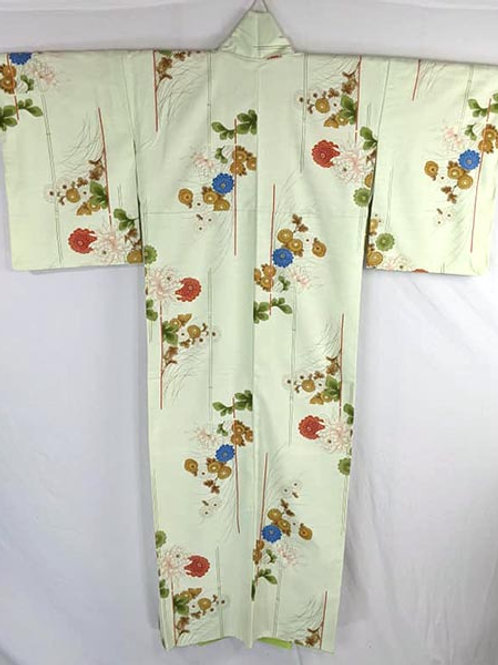 green japanese kimono with flowers