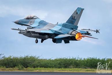 26_F-16C_86-0322_AK_18AGRS.jpg