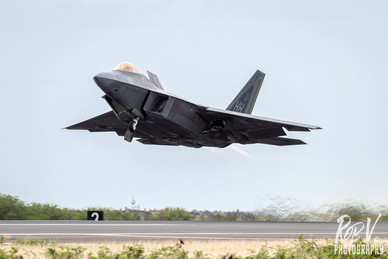 45_F-22A_03-4058_HH_199FS_Takeoff.jpg