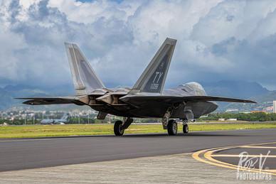 8_F-22A_05-4098_TY_199FS_taxi.jpg