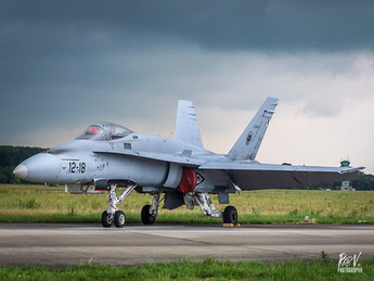 F-18 C15-60_12-18.jpg